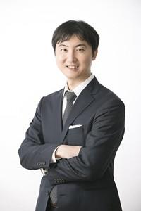 FAXDMコンサルティング 株式会社ファーストストラテジー 代表取締役 井上 俊彦(伊之上 隼)